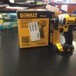 DEWALT DCF883B 20V MAX 3/8-Inch Cordless Impact Wrench